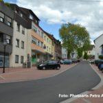 zu sehen ist der neue untere Teil der Kirchstraße aus Sicht der Saarbruecker Straße