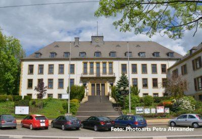 Rathaus Bous wieder geöffnet
