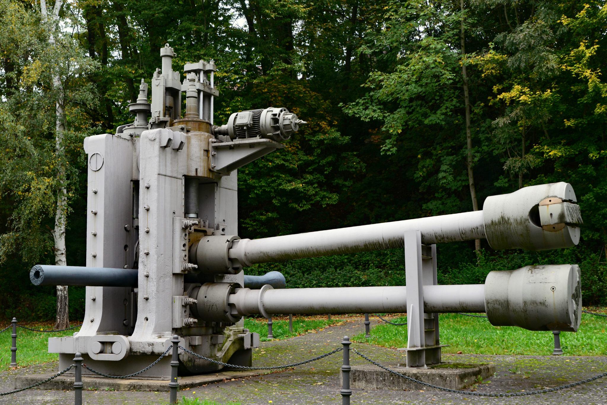 zu sehen ist das Industriedenkmal Pilgerwalze mit der nahtlosen Roehre