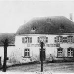 zu sehen ist ein altes Foto vom Gasthaus der Familie Himber