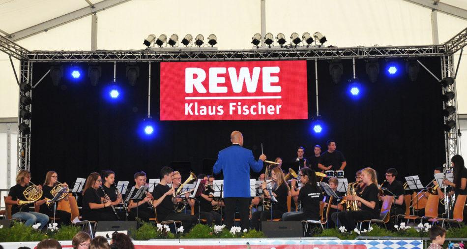 zu sehen ist das Jugendorchester Wadgassen am Oktoberfest-Sonntag