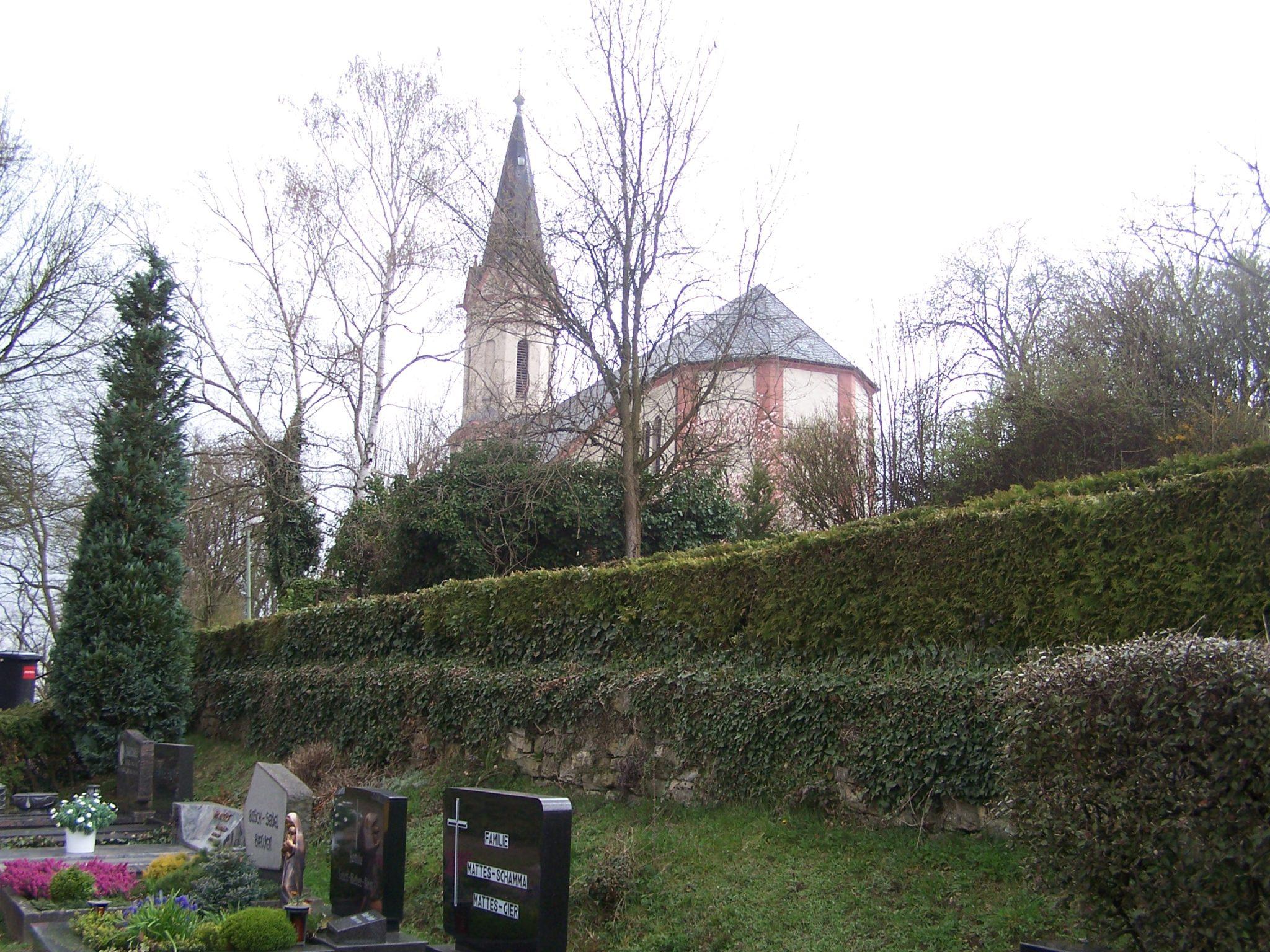 Der Bouser Friedhof
